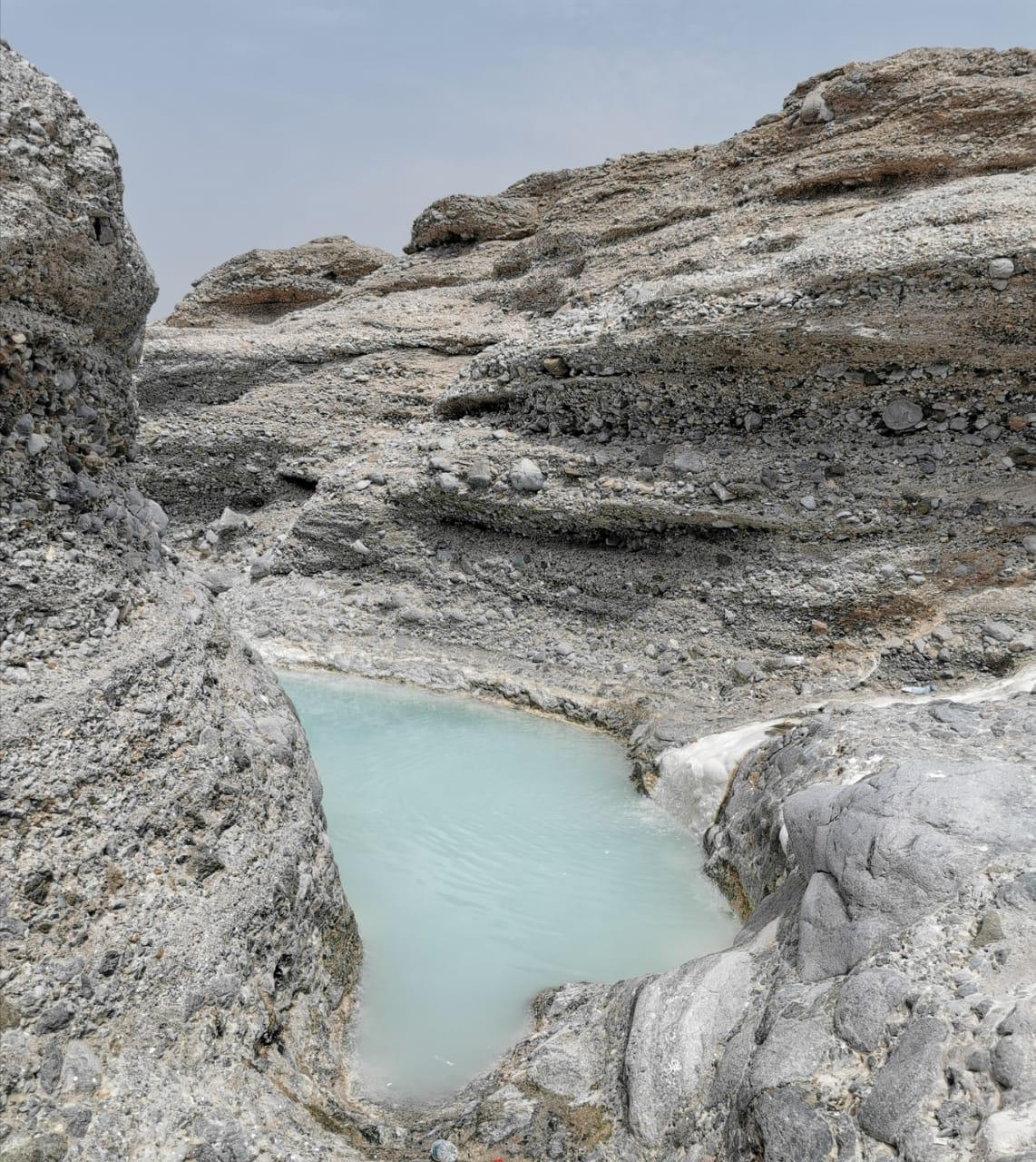Al Hinn Sulphur Spring(Bidbid)